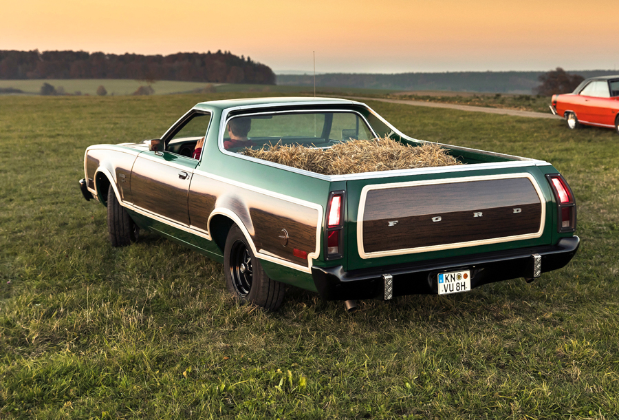 78er Ford Ranchero Squire